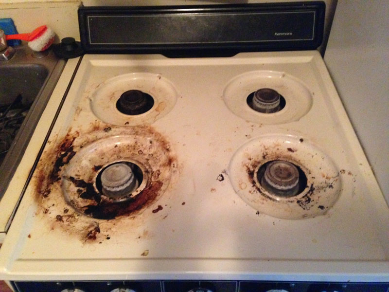 Cleaning Up A Greasy Burnt Stove After Brewing